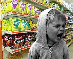 Магазинные истерики. Что делать, если ребенок истерит в магазине