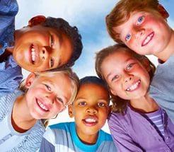 Негативные эмоции родителей мешают детям расти оптимистами