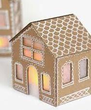 Новогодний домик из картонной коробки. Новогодние поделки своими руками